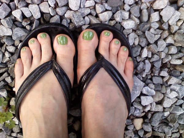 Kelly Green Toes